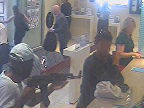 Nine years in jail for Borough High Street armed robber
