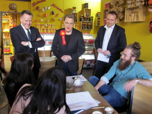 Eddie Izzard visits Elephant & Castle