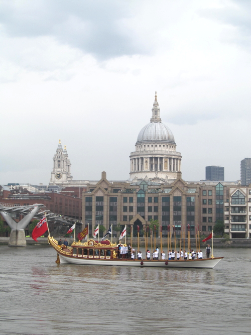 Queen's Baton Relay comes to Bankside on Gloriana barge