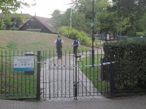 Leathermarket Gardens shut for police search after 'altercation'