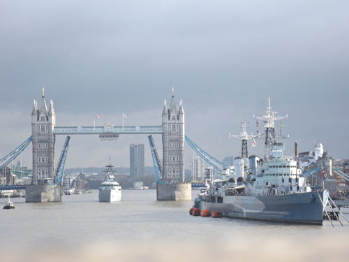 HMS Severn arrives in London