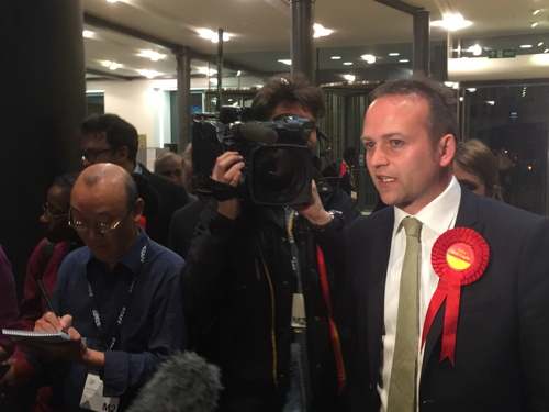Labour's Neil Coyle defeats Simon Hughes in Bermondsey