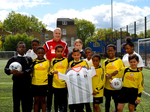 Ark Globe Academy pupils quiz Fulham FC manager Kit Symons
