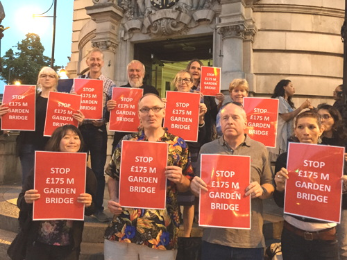 Councillors urged to block Garden Bridge project