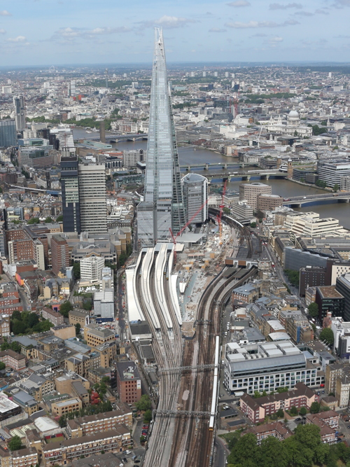 Network Rail fined £2 million for London Bridge problems