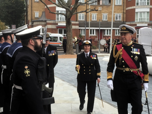 Albert McKenzie VC memorial unveiled in Tower Bridge Road