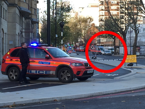 Security alert shuts Blackfriars Road