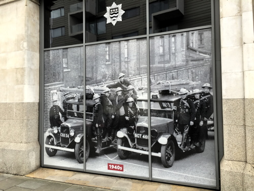 Fire brigade celebrates 150 years with Union Street display