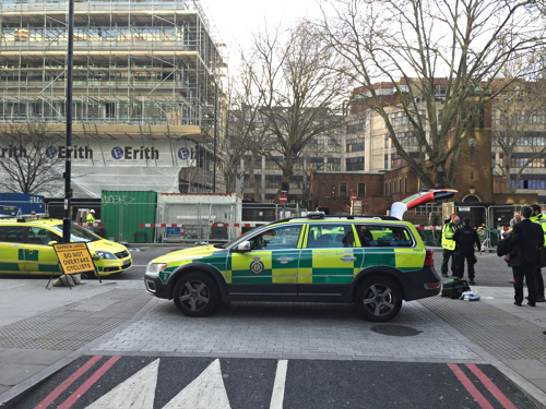 Pedestrian hit by truck in Blackfriars Road