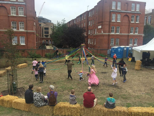 Thousands enjoy tenth Bermondsey Street Festival