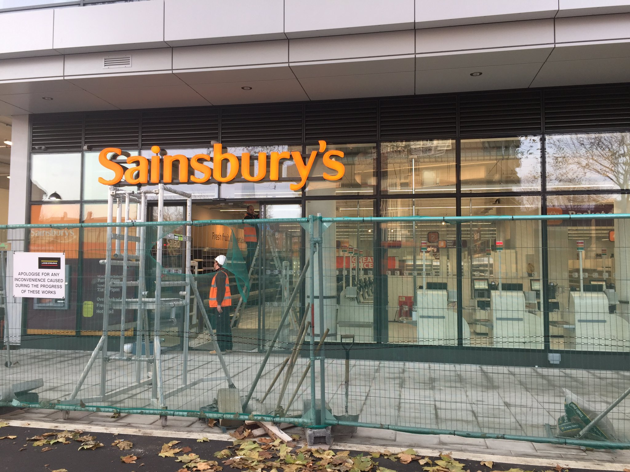 Sainsbury's delays Elephant & Castle store launch till January
