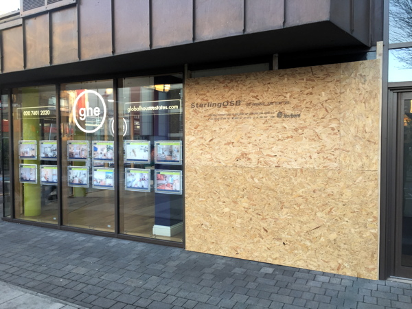 Estate agents' windows smashed 4 times in a week