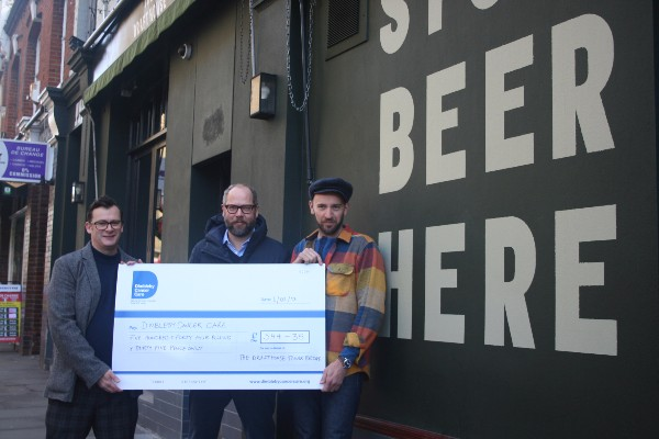 Draft House pub quizzes raise £500 for cancer charity