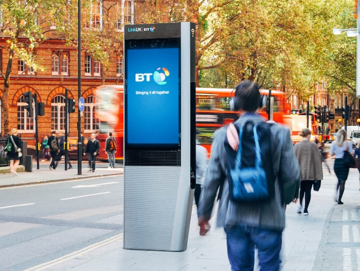 Phone boxes to be replaced by kiosks offering free calls, USB, wifi