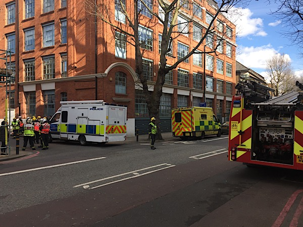 Emergency services probe 'suspicious powder' in Boss Street