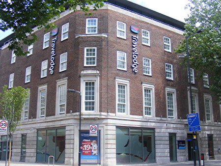 Waterloo Travelodge offers premium 'SuperRooms'