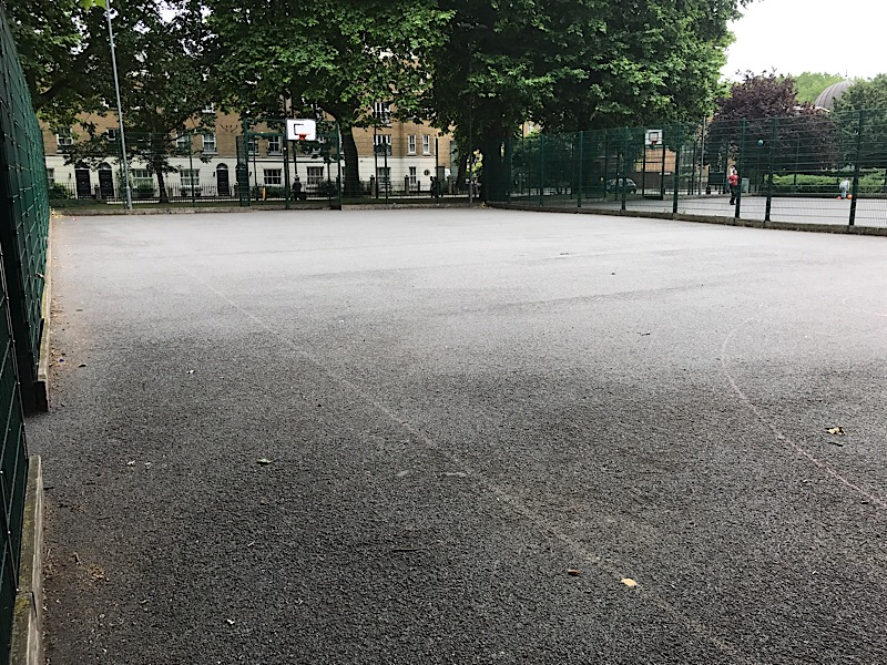 Newington Gardens: bike polo players launch sports court petition