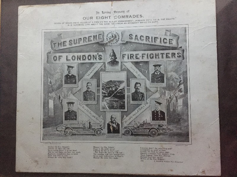 Firefighters mark centenary of Albert Embankment disaster