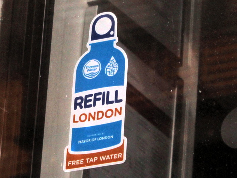 Drinking water bottle refill scheme launched in SE1