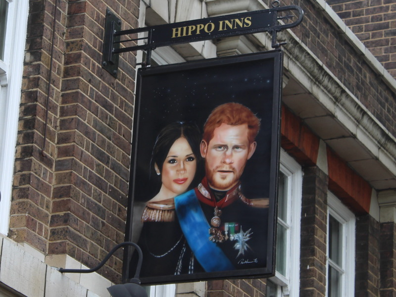 Waterloo's Duke of Sussex pub adds Harry and Meghan to sign