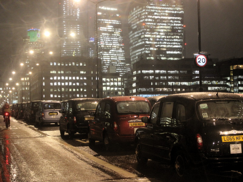 Taxi drivers block London Bridge every evening for a week