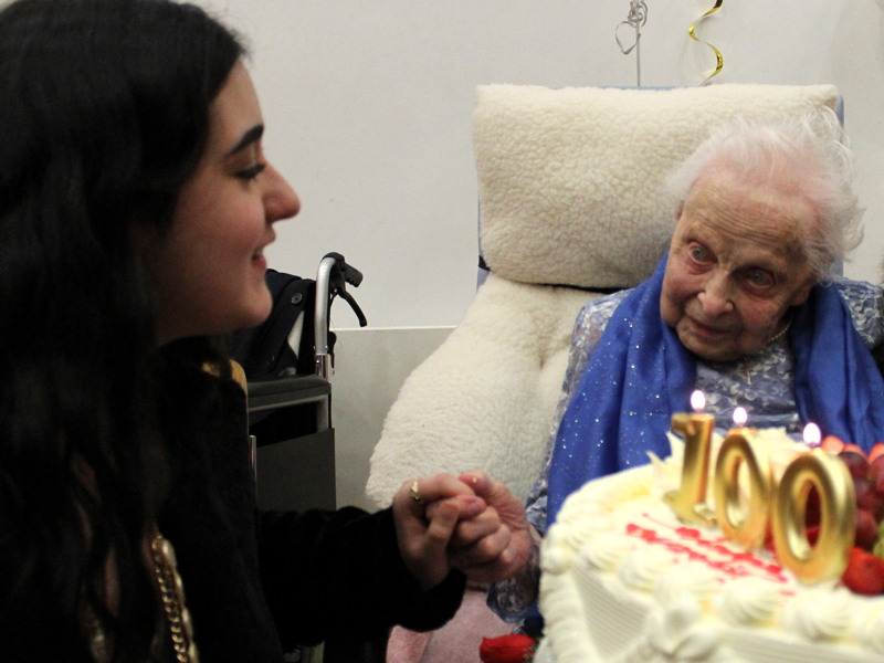 Waterloo community celebrates Rosa Wright's 100th birthday