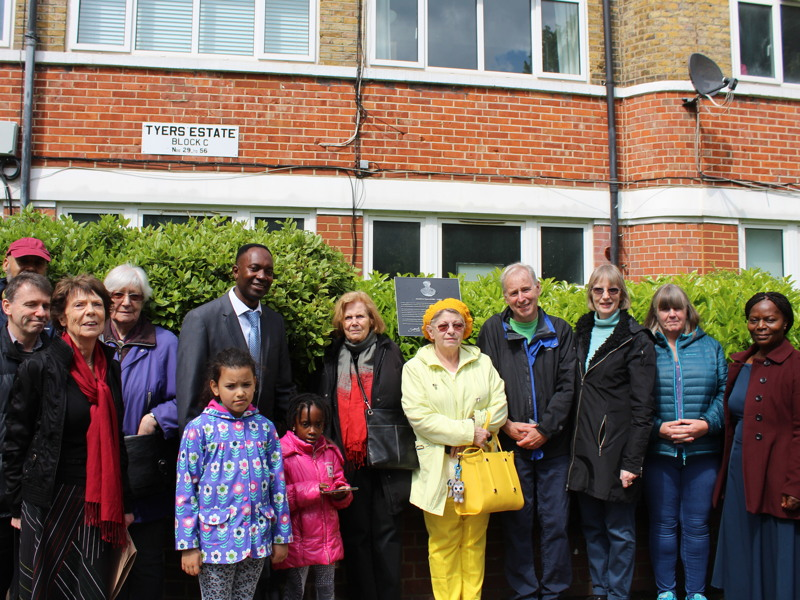 Jonathan Tyers plaque unveiled in Bermondsey