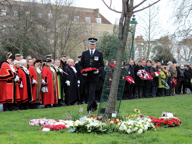 Holocaust Memorial Day: wreaths laid in GMH Park