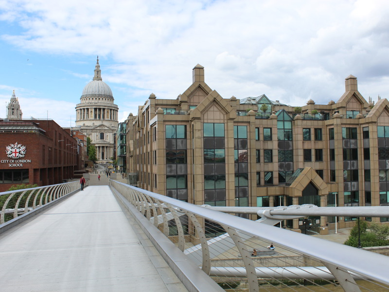 Norman Foster objects to changes to Millennium Bridge 'ensemble'