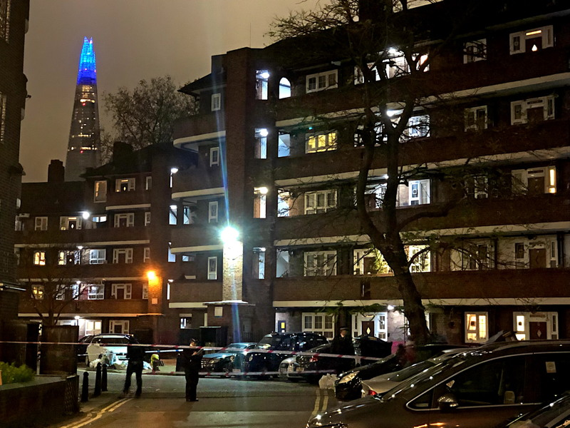Murder probe launched after man stabbed on Rockingham Estate