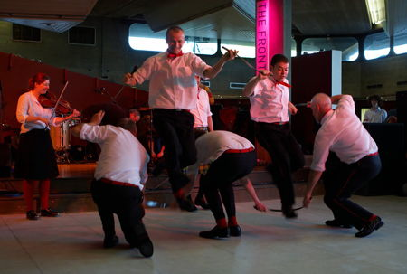 Sword Dancing Workshop at Welsh Chapel