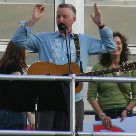 Billy Bragg's Big Busk at Festival Riverside