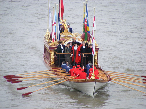 Tudor Pull at River Thames