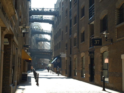Shad Thames Trail at